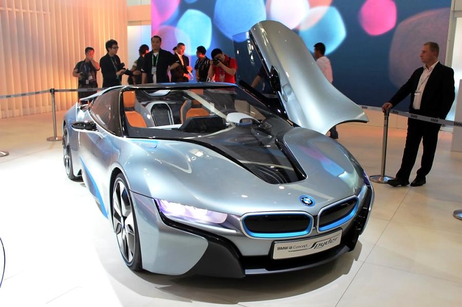BMW I8 Spyder – это Life Drive
